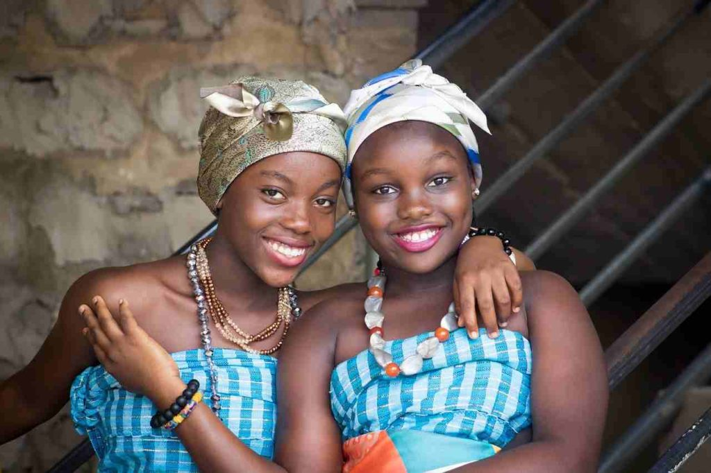 african-girls-traditional-attire