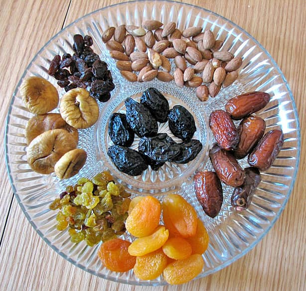dried-fruits and nuts